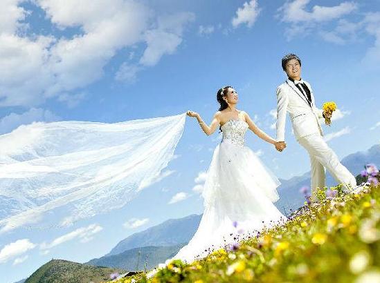 作为网络推广的有力手段,婚纱软文该如何吸引受众眼球?